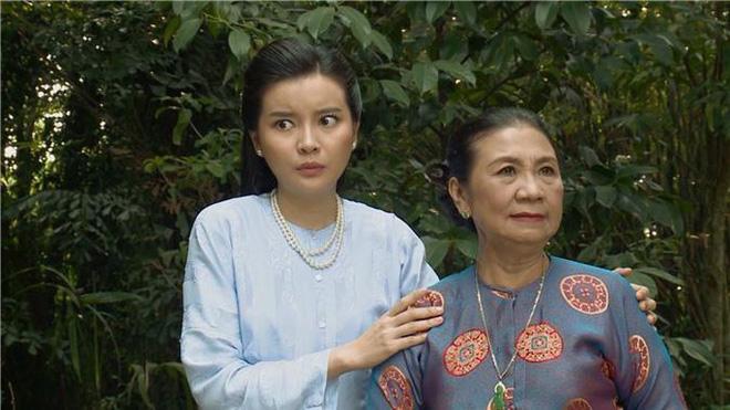 5 phân cảnh gây sốc của Tiếng Sét Trong Mưa: Không gì chấn động bằng màn cưỡng bức cô chủ - chàng hầu-4