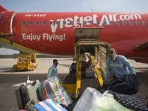 Khách phàn nàn hành lý bị vỡ, chậm bồi thường, Vietjet Air nói gì?