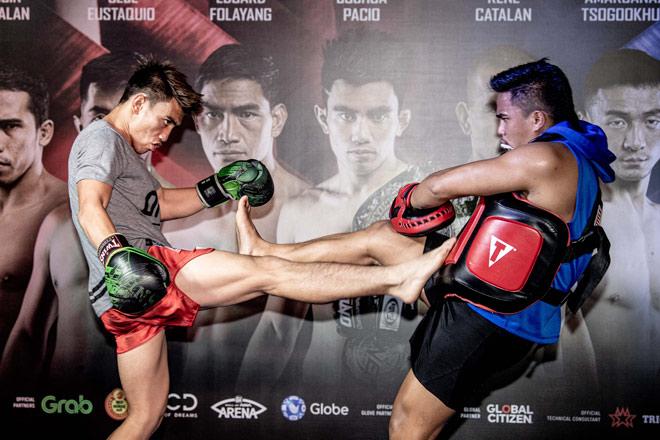 Võ sỹ điển trai gây sốt ONE Championship: Gã béo ục ịch hóa nhà vô địch 57kg-4
