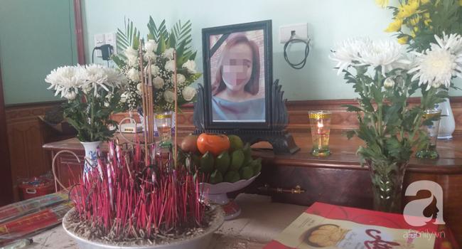 Bố vừa mất vì ung thư, cô gái trẻ 19 tuổi tìm đường sang Châu Âu cho nhà bớt khổ, chưa đến ngày giỗ bố lần 2, gia đình lại chuẩn bị đón thi hài con gái nhỏ trở về-1