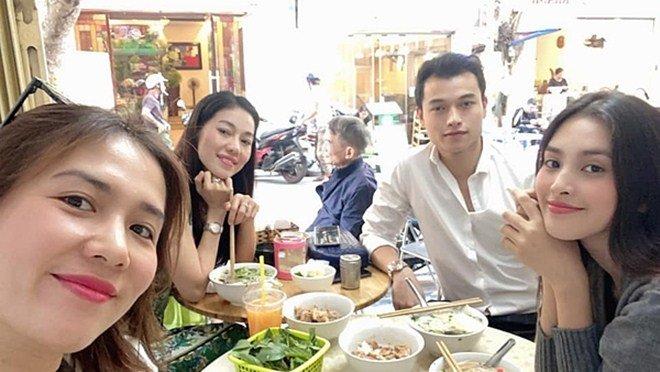 Mắm sữa là thứ nước chấm kỳ lạ gì mà khiến Hoa hậu trẻ nhất Việt Nam mê mệt?-2