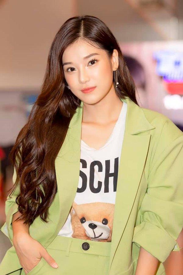 Hoàng Yến Chibi là minh chứng cho việc tóc càng xén ngắn, nhan sắc càng thăng hạng-6