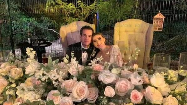 Hé lộ thêm thông tin mới gây sốc đằng sau đám cưới giữa cựu thị trưởng Mexico và con dâu đang gây xôn xao dư luận-1