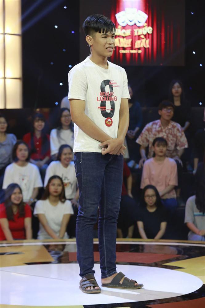 Trấn Thành, Trường Giang, Ngô Kiến Huy bị bắt quỳ gối giữa sân khấu-7