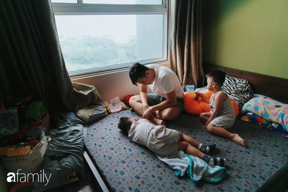 Lần đầu chứng kiến ông bố trẻ Baggio một ngày vật lộn với 2 cậu nhóc sinh đôi, tiết lộ từng phải tìm cách tránh mặt con vì quá stress-5