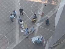 Sinh viên ĐH Kiến Trúc nhảy lầu tử vong, rơi trúng sinh viên khác khiến người này nguy kịch