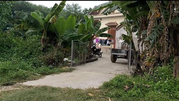 Cô giáo chủ nhiệm nói về nữ sinh lớp 6 bị sát hại ở Nghệ An: Em ấy rất ngoan ngoãn, việc bà nội nói em hỗn láo là không đúng sự thật-1