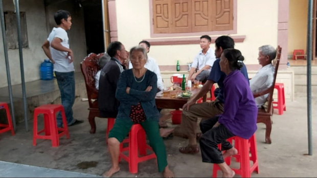 Cô giáo chủ nhiệm nói về nữ sinh lớp 6 bị sát hại ở Nghệ An: Em ấy rất ngoan ngoãn, việc bà nội nói em hỗn láo là không đúng sự thật-2