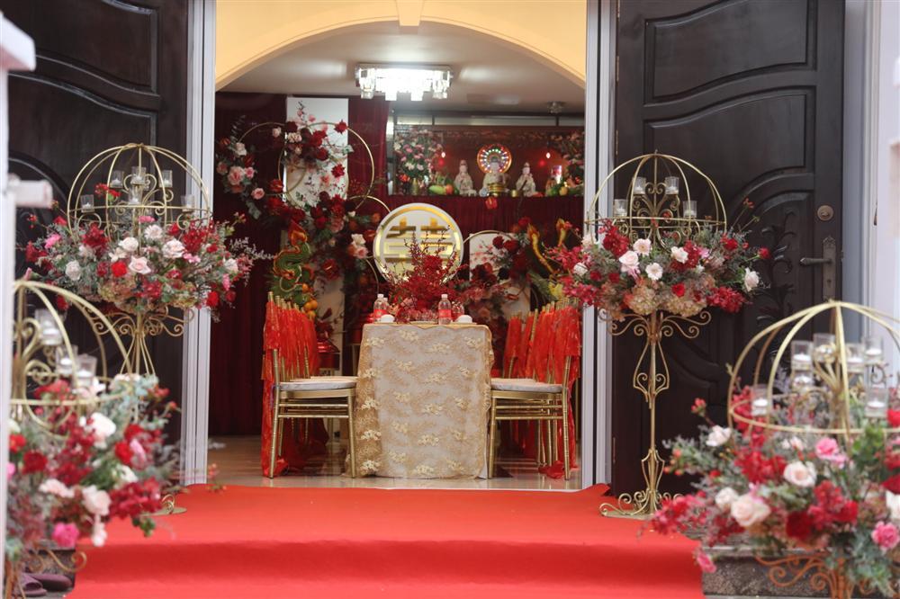 Lễ rước dâu Đông Nhi - Ông Cao Thắng: Lộ diện bố chồng quyền lực của Đông Nhi-47
