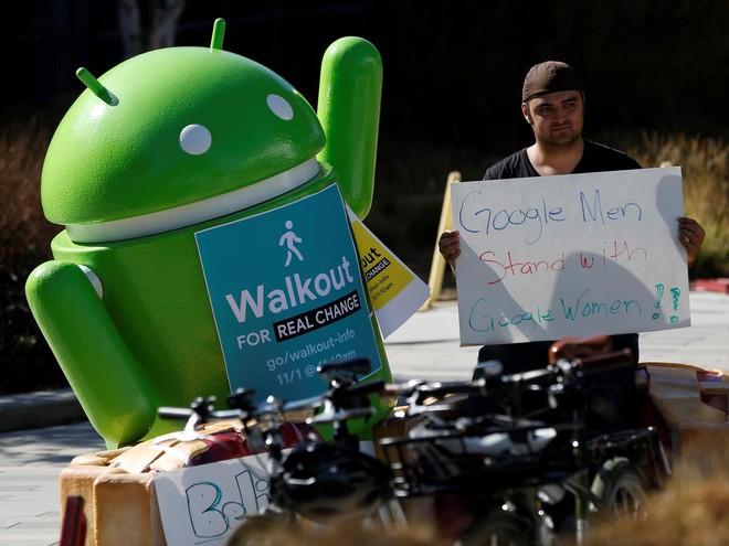 Sếp lớn tại công ty mẹ của Google bị điều tra tội quấy rối tình dục-1