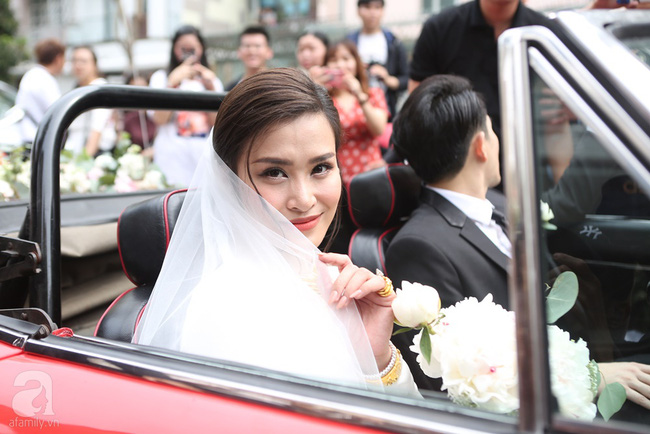 Lễ rước dâu Đông Nhi - Ông Cao Thắng: Lộ diện bố chồng quyền lực của Đông Nhi-7
