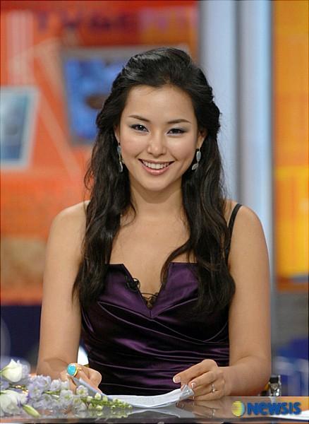 Vẻ gợi cảm của hoa hậu đẹp nhất Hàn Quốc-13