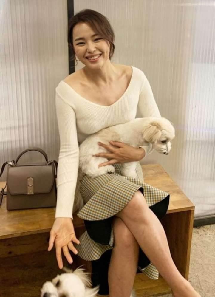 Vẻ gợi cảm của hoa hậu đẹp nhất Hàn Quốc-14