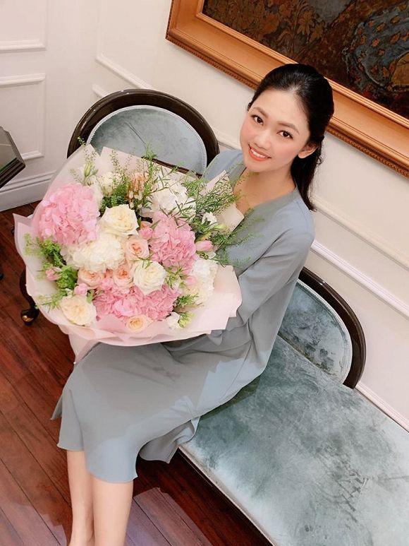 Cuộc sống của Á hậu Thanh Tú sau khi kết hôn với đại gia lớn hơn 16 tuổi-8