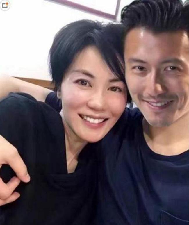 Xuất hiện tin đồn Tạ Đình Phong chia tay Vương Phi, hẹn hò cùng người mẫu trẻ-1