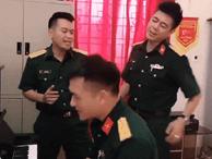 Dân mạng phát sốt trước clip 3 chú bộ đội vừa điển trai lại hát hay như ca sĩ