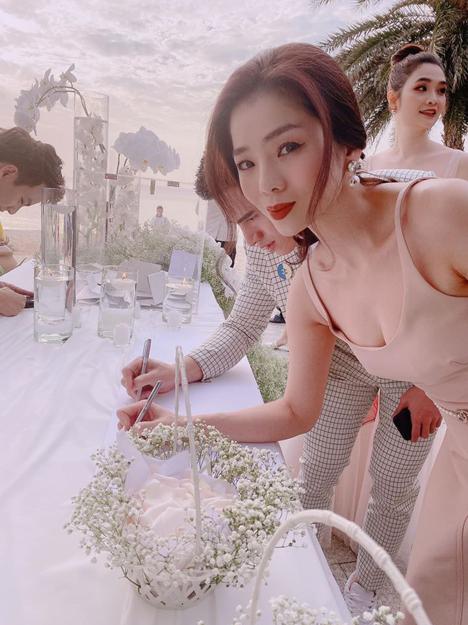 Đám cưới Đông Nhi và Ông Cao Thắng:  Chú rể xúc động nói Cảm ơn em đã dành hết Thanh Xuân của mình cho anh... Anh Yêu Em...-28