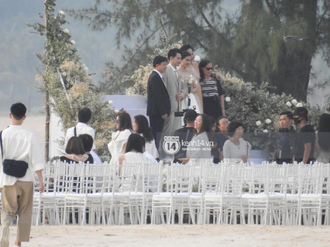 Đám cưới Đông Nhi và Ông Cao Thắng:  Chú rể xúc động nói Cảm ơn em đã dành hết Thanh Xuân của mình cho anh... Anh Yêu Em...-25