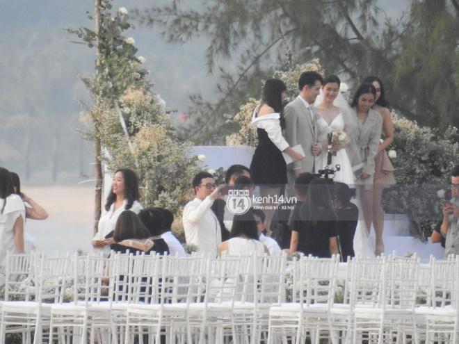 Đám cưới Đông Nhi và Ông Cao Thắng:  Chú rể xúc động nói Cảm ơn em đã dành hết Thanh Xuân của mình cho anh... Anh Yêu Em...-26
