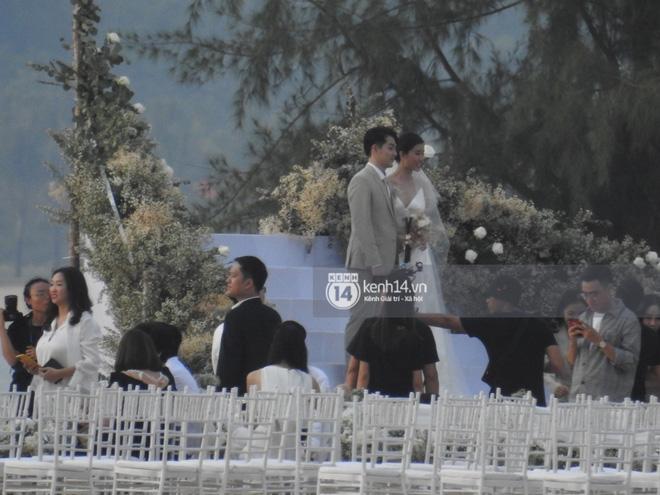Đám cưới Đông Nhi và Ông Cao Thắng:  Chú rể xúc động nói Cảm ơn em đã dành hết Thanh Xuân của mình cho anh... Anh Yêu Em...-27