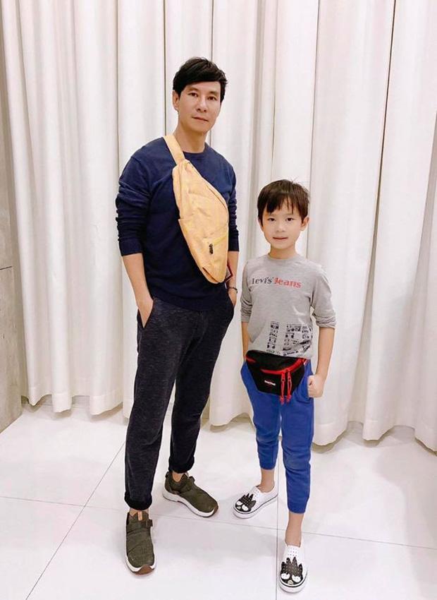Không chỉ học 4 ngoại ngữ, con trai 8 tuổi của Lý Hải - Minh Hà còn viết chữ đẹp như mẫu in, nhưng tiết lộ sau đó càng bất ngờ-3