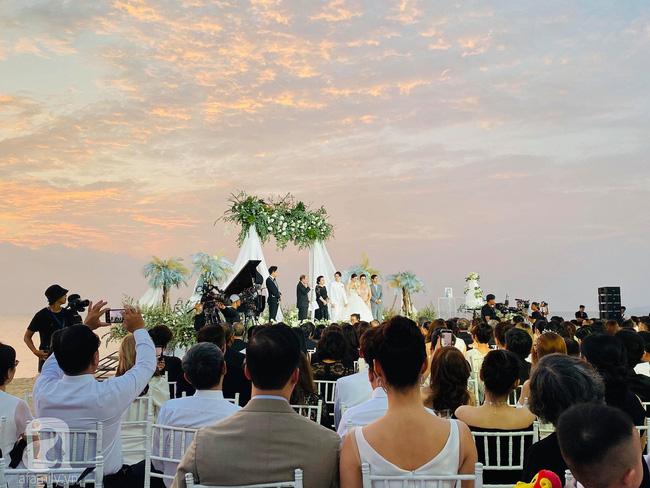 Đám cưới Đông Nhi và Ông Cao Thắng:  Chú rể xúc động nói Cảm ơn em đã dành hết Thanh Xuân của mình cho anh... Anh Yêu Em...-7
