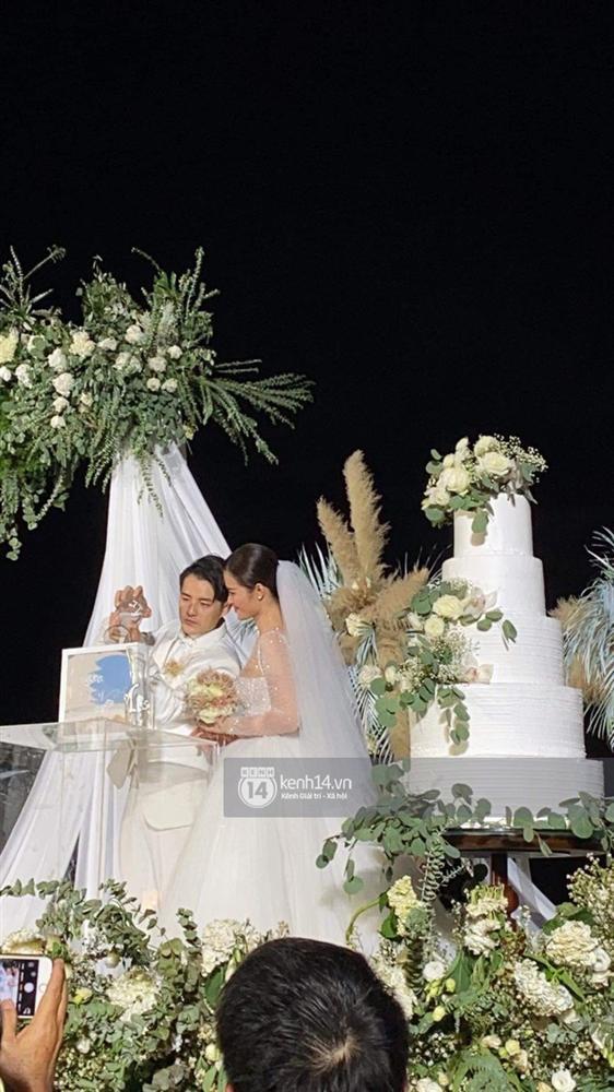 Đám cưới Đông Nhi và Ông Cao Thắng:  Chú rể xúc động nói Cảm ơn em đã dành hết Thanh Xuân của mình cho anh... Anh Yêu Em...-2
