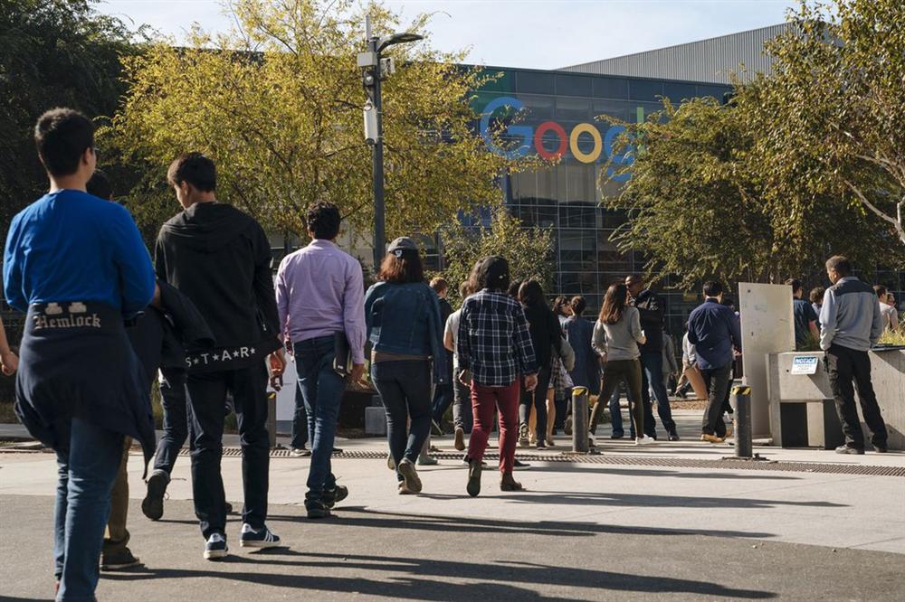 Cuộc sống trong bóng tối, không tương lai của nhân viên thời vụ Google-2