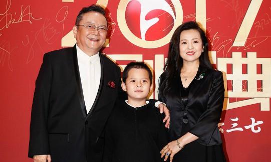 Cuộc sống trái ngược của Hòa Thân và Lưu Gù sau 23 năm-2
