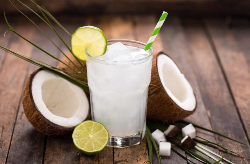 """Uống nước dừa rất tốt cho sức khỏe nhưng nếu thuộc 6 nhóm người sau thì bạn tốt nhất nên nhịn miệng""""-3"""
