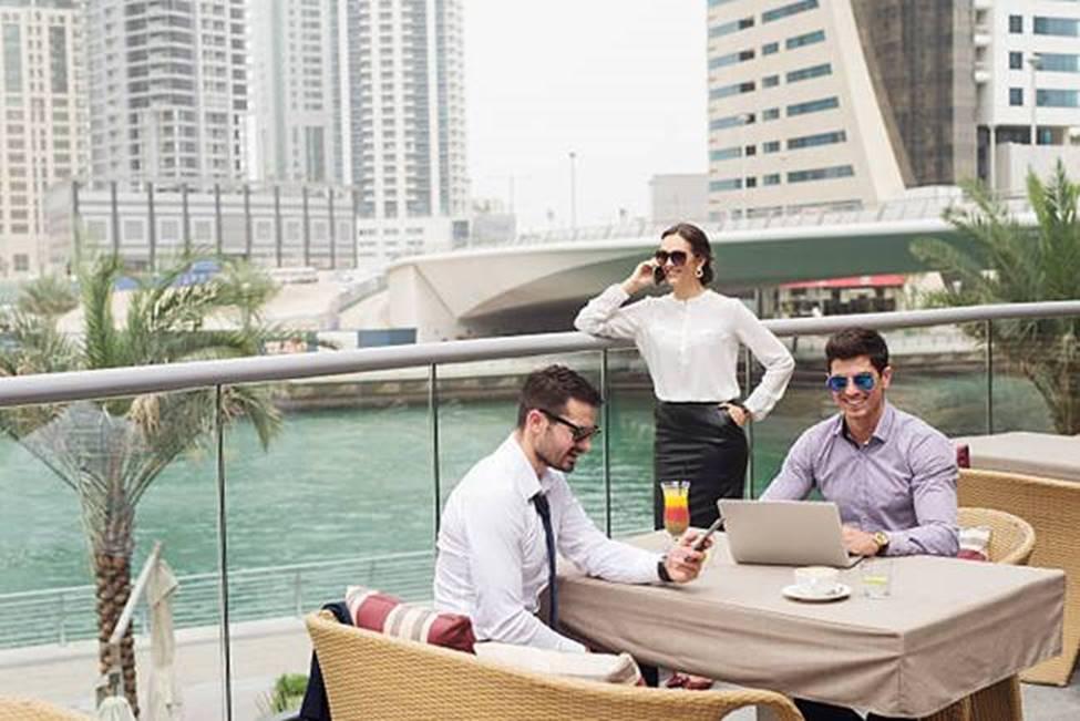 Khu dân cư toàn nhà giàu sang chảnh ở Dubai, thuê nhà ngốn tiền tỷ/năm-10