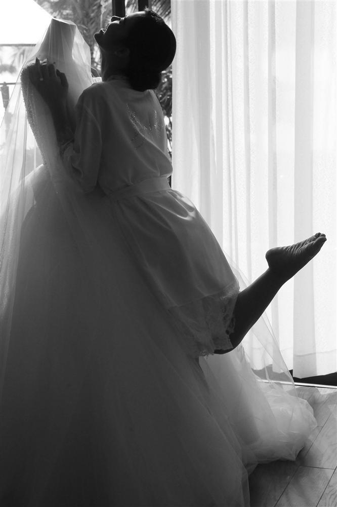 Sự thật ẩn sau chiếc khăn voan của Đông Nhi là quãng đường tình cảm suốt 10 năm qua của cặp đôi trời định-4