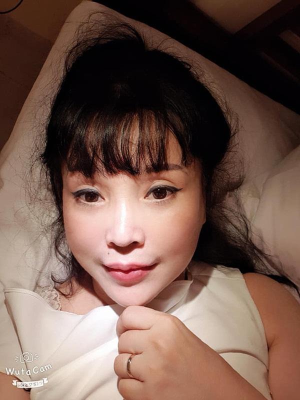Bất ngờ với gương mặt trẻ trung, căng bóng của NSND Lan Hương ở tuổi U60-4