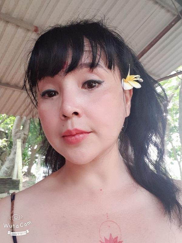 Bất ngờ với gương mặt trẻ trung, căng bóng của NSND Lan Hương ở tuổi U60-7