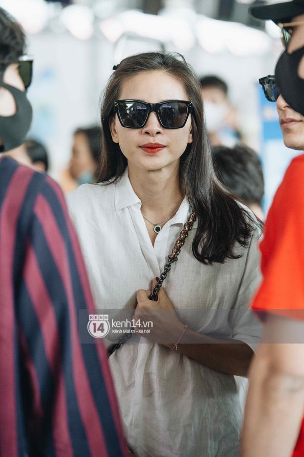 Dàn sao Vbiz đổ bộ sân bay rời Phú Quốc: Người thấm mệt, người vẫn tươi rói sau đêm quẩy nhiệt tại đám cưới Đông Nhi-3