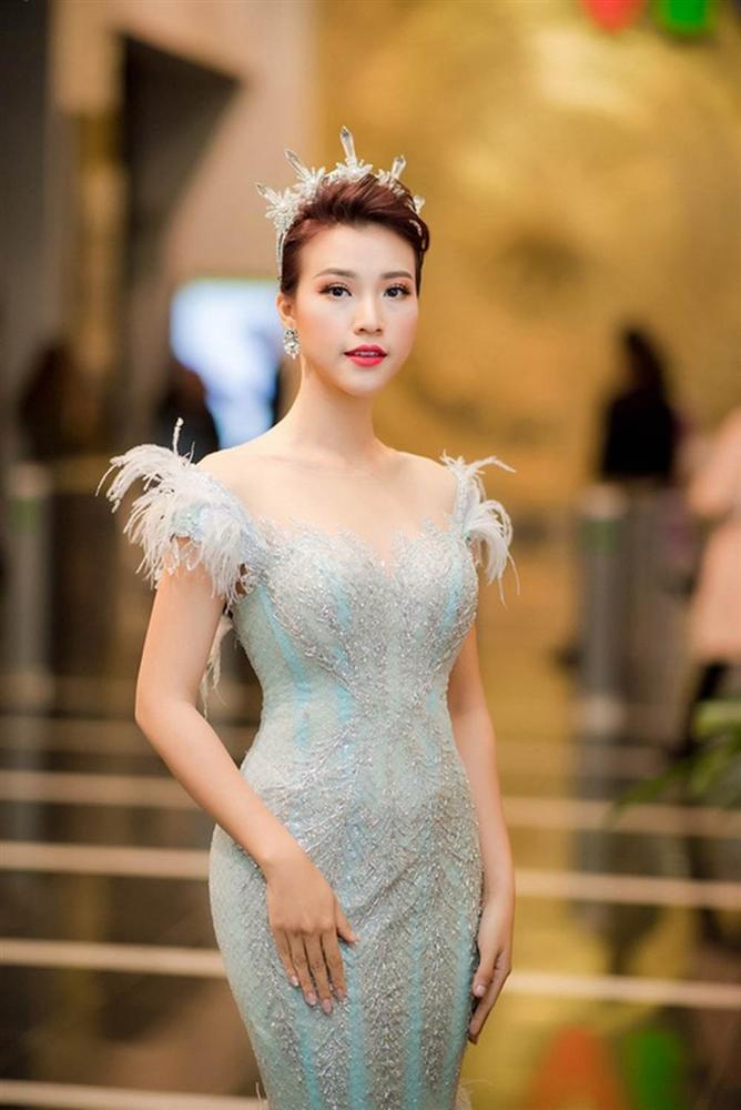 Hoàng Oanh trước ngày lấy chồng Mỹ-2