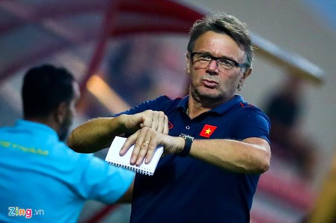 HLV Troussier đưa U19 Việt Nam đi Pháp đá giao hữu-1