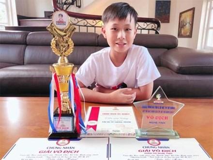 Cậu bé 12 tuổi tính nhẩm siêu tốc từng ẵm nhiều huy chương toán