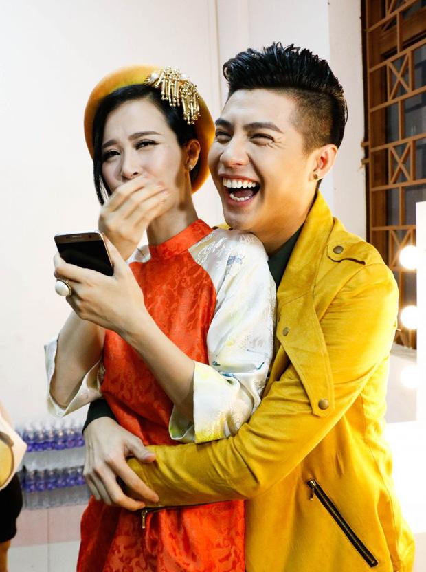Đông Nhi nói về khoảnh khắc xúc động ôm Noo Phước Thịnh cùng khóc trong hôn lễ: Dù có giận thì cũng giúp chúng tôi hiểu nhau hơn-2