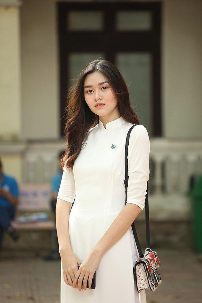 Từ hồi là nữ sinh trường PTTH Phan Đình Phùng, Tường San đã vô cùng nổi tiếng với nhan sắc xinh đẹp, nổi bật-1