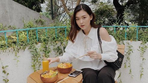 Từ hồi là nữ sinh trường PTTH Phan Đình Phùng, Tường San đã vô cùng nổi tiếng với nhan sắc xinh đẹp, nổi bật-10