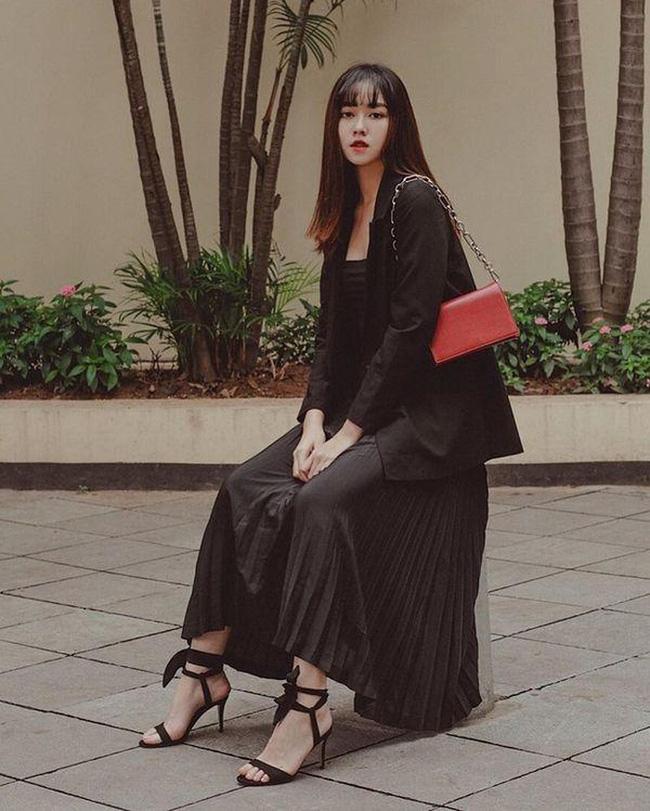 Từ hồi là nữ sinh trường PTTH Phan Đình Phùng, Tường San đã vô cùng nổi tiếng với nhan sắc xinh đẹp, nổi bật-13