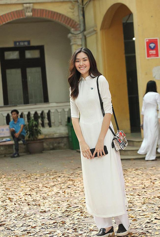 Từ hồi là nữ sinh trường PTTH Phan Đình Phùng, Tường San đã vô cùng nổi tiếng với nhan sắc xinh đẹp, nổi bật-5