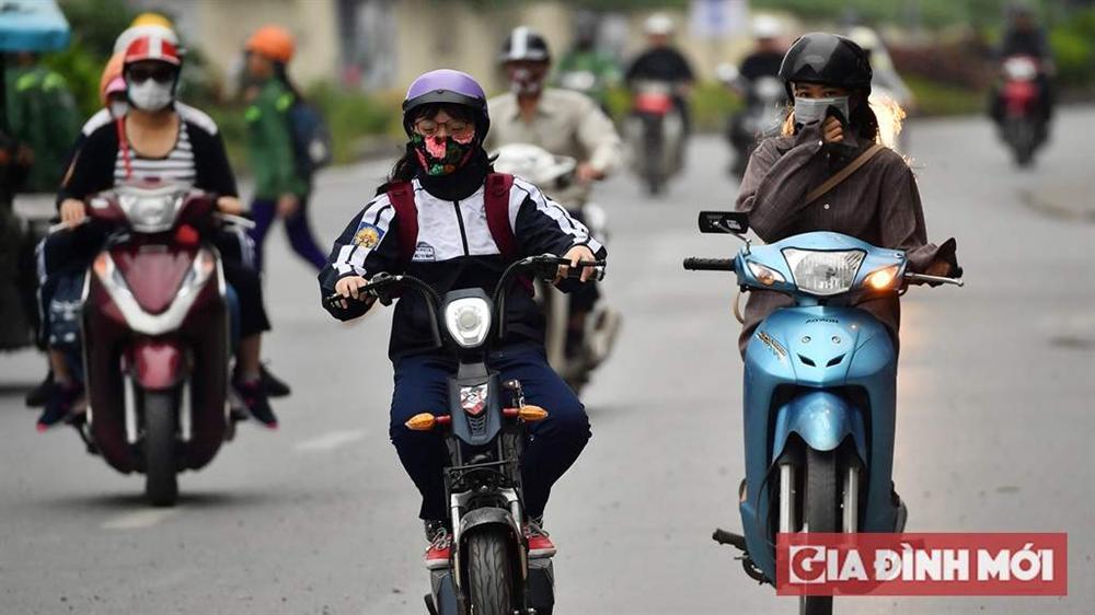 Dự báo thời tiết ngày 13/11: Hà Nội mưa về đêm, TP.HCM ngày nắng nóng-1