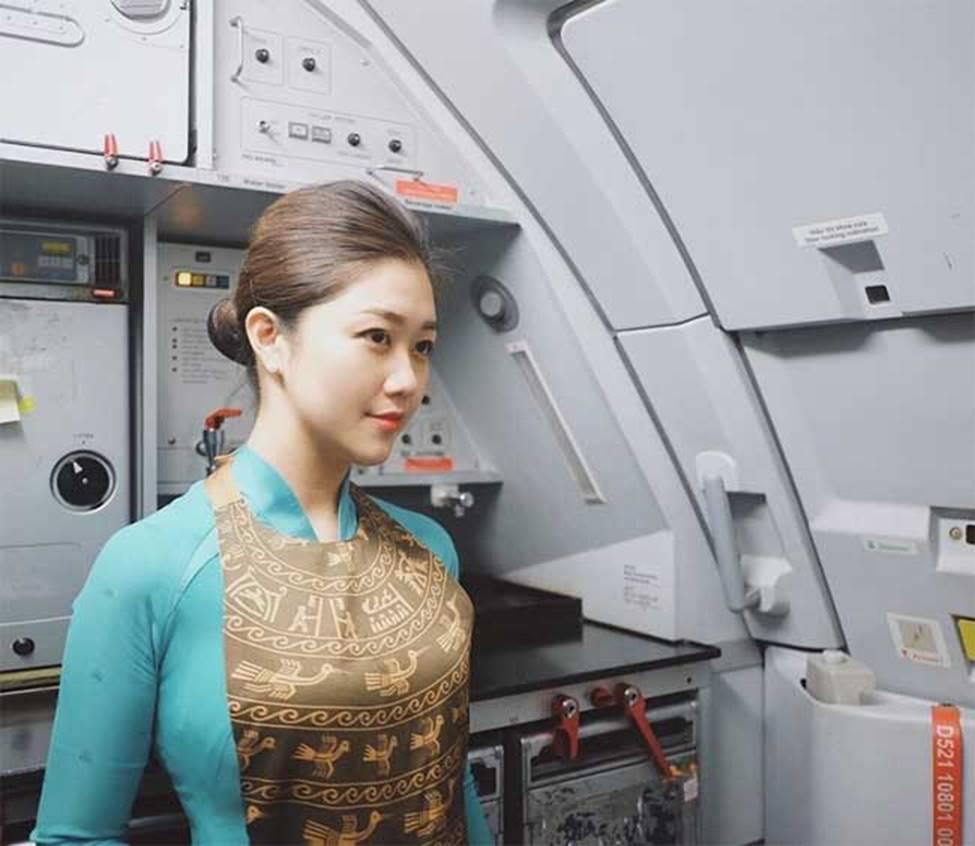 3 nữ tiếp viên hàng không Việt Nam xinh đẹp quá gợi cảm khi rời đồng phục bay-9