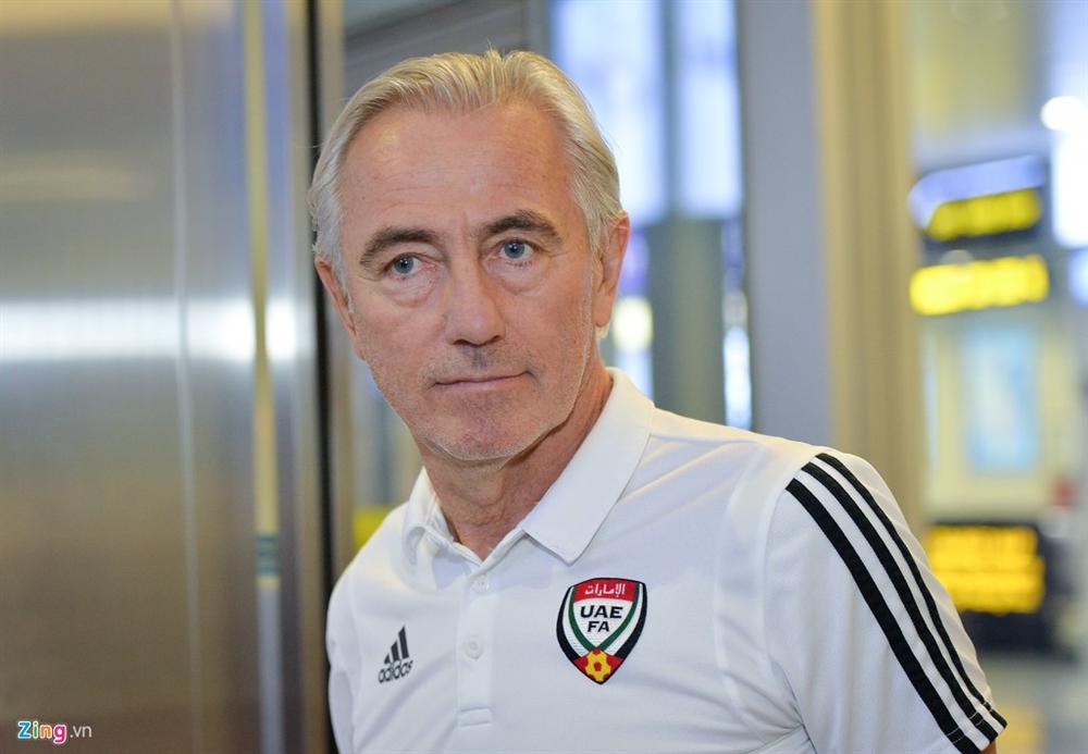 Đội tuyển UAE đi chuyên cơ, tới Việt Nam lúc nửa đêm-2