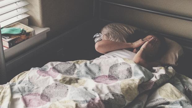 Những việc làm khi ngủ dậy sẽ khiến cân nặng tăng lên nhanh chóng-1