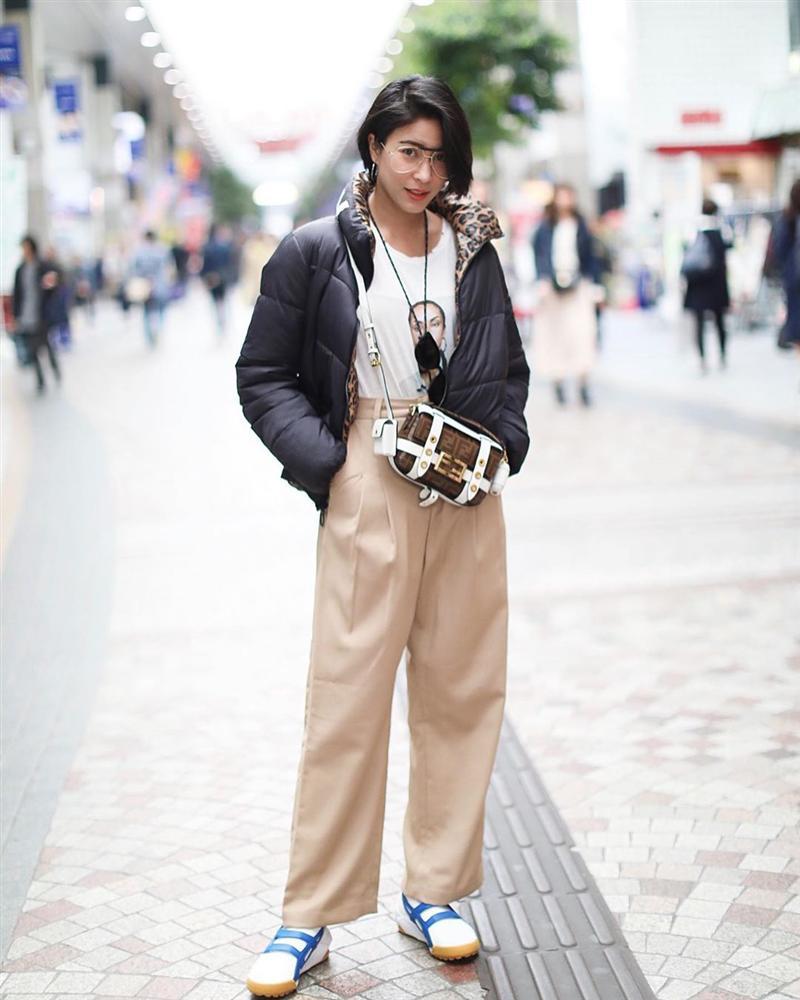 Chiêm ngưỡng những set đồ Đông chất lừ của bà xã dượng Chat, chị em sẽ mong trời lạnh thật nhanh để mặc mốt như cô ấy-6