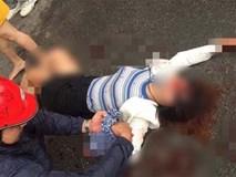 Kinh hoàng nam thanh niên cầm dao truy sát 2 cô gái, 1 người bị đâm gục