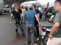 Nhân chứng kể lại giây phút kinh hoàng khi nam thanh niên dùng dao truy sát 2 cô gái giữa đường